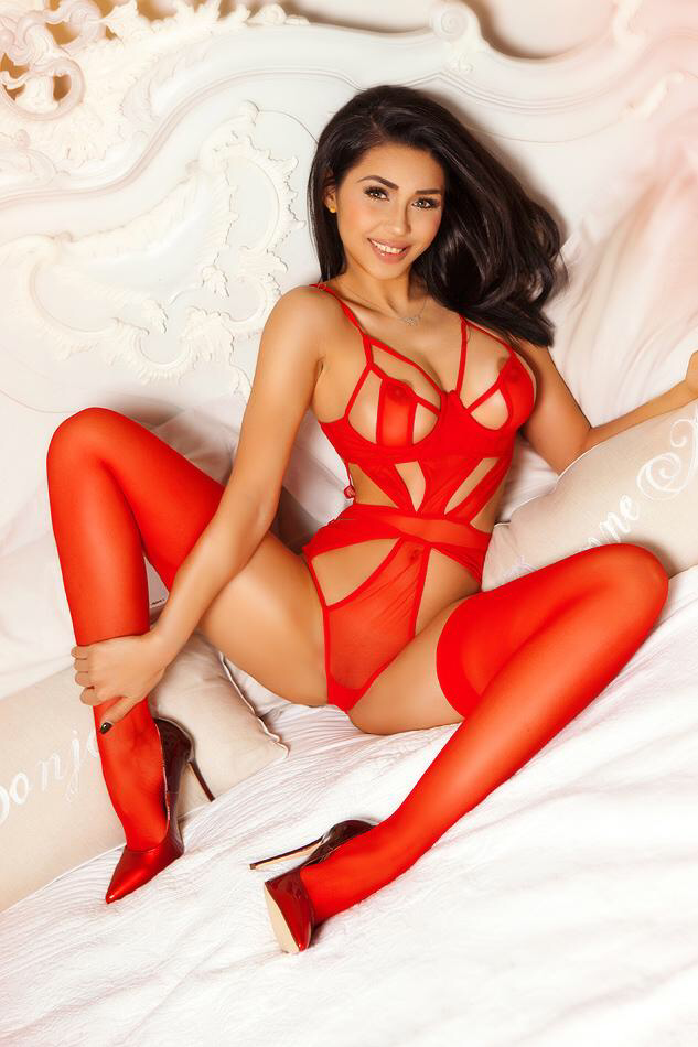 Lolita Slim and Slender Knightsbridge Escort in London